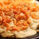 Linguine com camarão ao molho de queijo – sem lactose, glúten e ovos