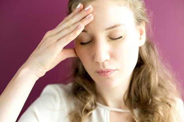 Sintomas de alergias, intolerância e sensibilidade alimentar.